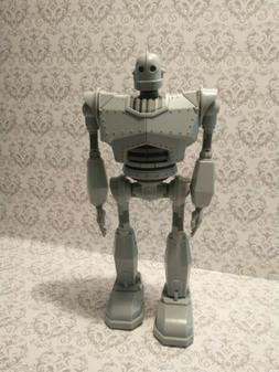 """The Iron Giant Walking Motion Light Up 15"""" Action Figure gre"""